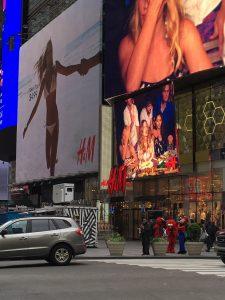 NY・タイムズスクエア近く2